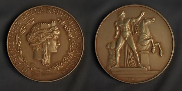 medaglia-presidenza-della-repubblica-sele-doro